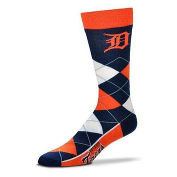 DCCKG8Q MLB Detroit Tigers Argyle Line Up Crew Socks