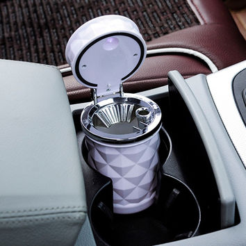 Hot Diamond Shaped Led Portable Car Auto Travel Smoke Cigarette Ashtray Holder Cup Stand Buckets
