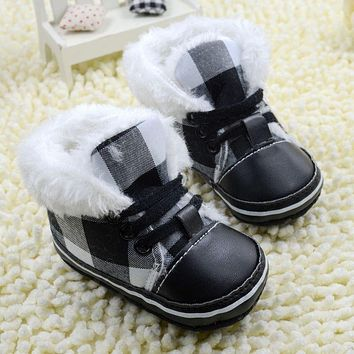 2018 Black Plaid Baby Snow Boots Soft Sole Toddler Shoes Boys Girls First Walkers For Autumn Winter Flush Worm Shoes