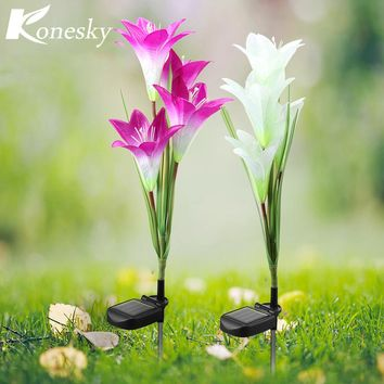 2pcs 4 LED solar powered lawn Lily lights waterproof IP 65 Flower Decoration for home Garden Landscape Lawn Christmas Valentine