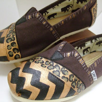 Chevron Stripe Cheetah Print Hand-Painted Classic Canvas Brown TOMS Size 7