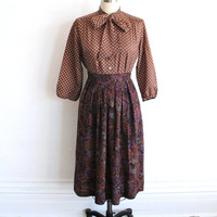Vintage 80s Muted Floral Paisley Print Pleated Midi Skirt // Women's Full Skirt Small
