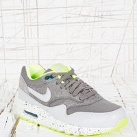 Nike Air Max Premium Vintage in Grey - Urban Outfitters