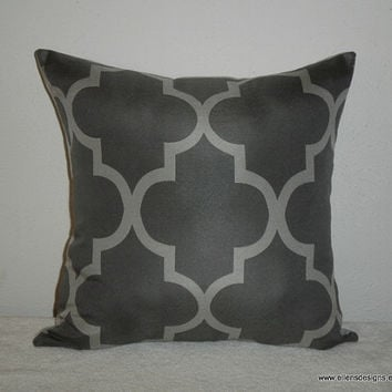 Decorative-Accent-Throw Pillow Cover-Free US Shipping-18 inch Geometric Quatrefoil Light Gray on Dark Gray