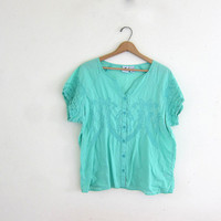 20% OFF SALE Vintage sea foam green cotton shirt. Button front shirt + embroidery shirt detailing. Slouchy tee.