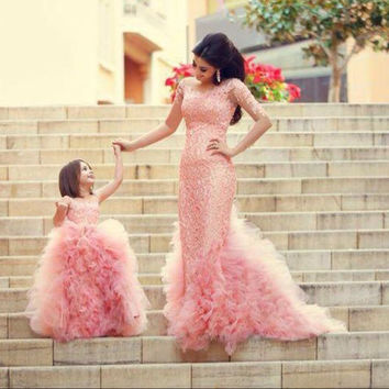 New Arrival 2015 Long Appliques Wedding Dresses Bridal Gowns Tulle Beaded Sexy Mermaid Wedding Dresses With Long Sleeves W881