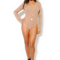 (alv) Ribbed knit V neck beige bodysuit