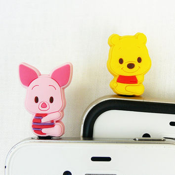 Winnie the Pooh Friends 2 for 1 price - Cell Phone Anti-Dust Plugs