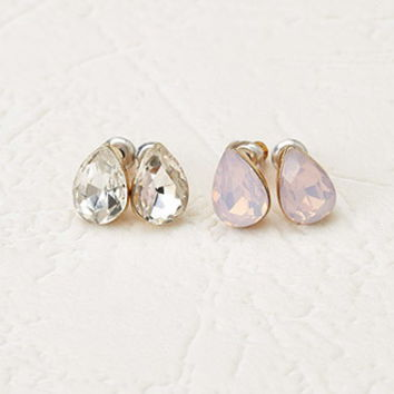 Tear-Drop Stud Set