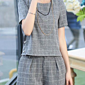 Gray Plaid Button Embellished T-Shirt + Zipper Fly Shorts Twinset