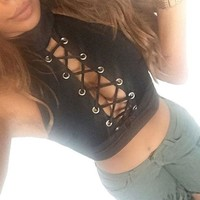 ONETOW Cross Straps Halter Neck Crop Top