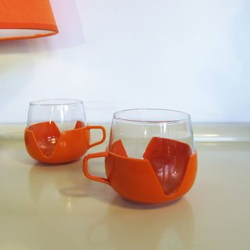 2 Vintage heat resistant glass and plastic cups Orange color Made in Holland Home Decor 70s