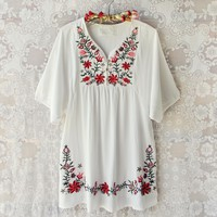 Wild Roses Dress in White