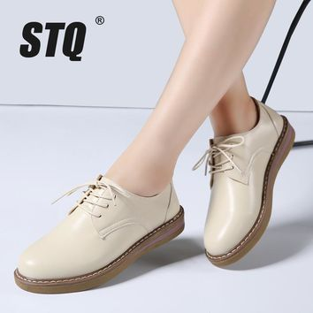 STQ 2017 Autumn women oxfords shoes flats shoes women PU leather lace up flat heel boa