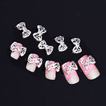2017 Hot sale women 10pcs Silver 3D Rhinestones Nail sticker Bow Tie Nail Art Glitter Slices DIY Nail art decorations Maquiagem