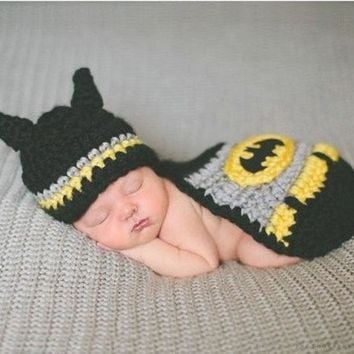 PEAPUG3 Crochet Newborn Baby Batman Superhero Hat Mask & Cape Costume Photography Props (Color: Black)