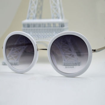 2015 Summer Fashion Vintage Round Women Sunglasses Metal Frame Mirror Lens Love Retro Sunglasses Women Shades = 1714389508