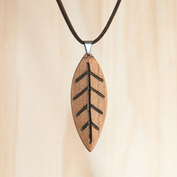 Leaf wooden pendant. Cherry wood. Leaf, pendant, wood, cherry, necklace. Handmade. Unique Wood Jewelry. Wood carving. Wood Craft.