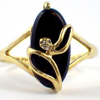 Black Onyx Ring with Diamond Art Deco Yellow Gold