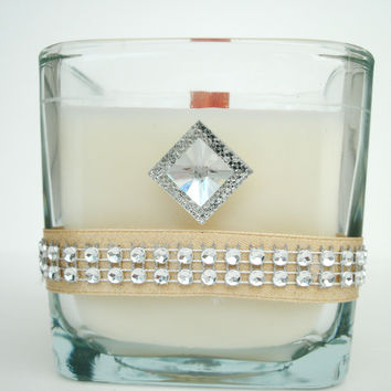Rounded Square Wedding Favor/Centerpiece Diamond Studded