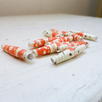 Paper beads, handmade beads, rolled paper beads, paper beads orange, oval beads, jewelry making, ready to ship, hand rolled, hand varnished