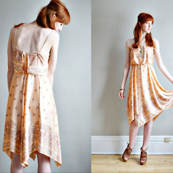Vtg70s hippie boho silky floral dress // pastel by BrownCowVintage
