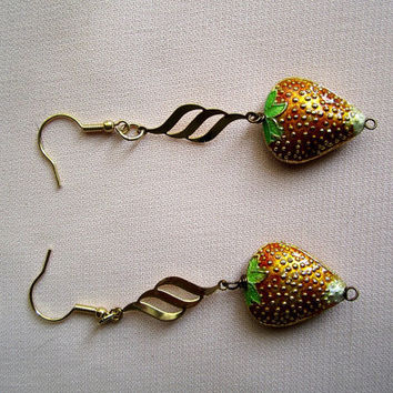 Strawberries cloisonne earrings
