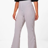 Petite Gill Striped Rib Wide Leg Trouser | Boohoo