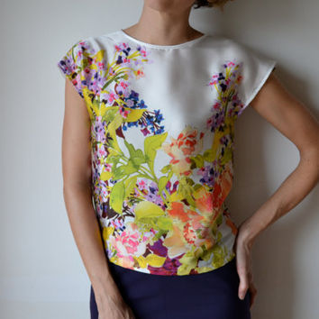 Silk blouse cap sleeves. Floral. Cocktail / party