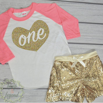 Baby Girl First Birthday Outfit One Baby's First Birthday Shirt Gold Heart 1st Birthday Outfit Baby Girl One Year Old Shirt Shorts 011