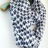 Gray Houndstooth infinity scarf