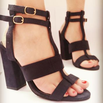 Open Toe Straps Ankle Wraps Hasp Chunky Heels Sandals