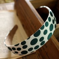 Modern Juniors Green Polka Dots Hair Pins : Wholesaleclothing4u.com