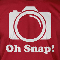Oh Snap Camera Photography Photo Film Photographer Screen Printed T-Shirt Tee Shirt T Shirt Mens Ladies Womens Youth Kids Funny Geek