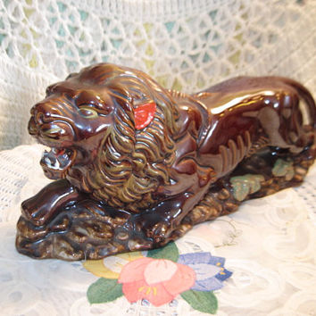 Awesome Looking Lion Figurine  / Great Gift Idea