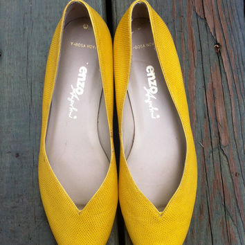 Enzo Angiolini // Bright Yellow Leather // Open by HawkShopVintage