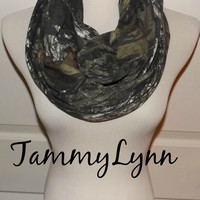 MOSSY OAK Break Up Cotton Jersey Knit Camo Camoflauge Fashion Infinity Scarf Hunting Duck Dynasty Women's Accessories