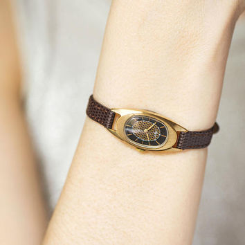 Oval women watch, black face lady wrist watch Ray, gold plated girlfriend watch, small watch 70s fashion, premium leather strap new