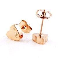 8DESS Cartier Women Fashion Heart Plated Stud Earrings