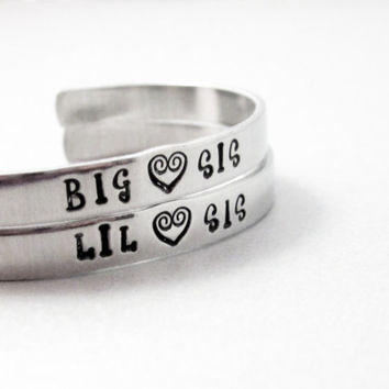 Personalized Friendship Bracelet SET OF TWO - Big Sis, Lil Sis - Hand Stamped Aluminum Cuff - customizable