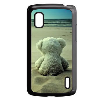 Little Teddy Bear in Beach Nexus 4 Case