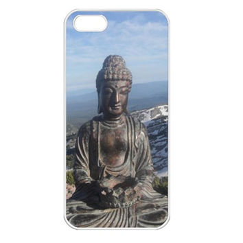 Buddha on mountain Apple iPhone 5 Seamless Case (White)