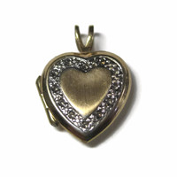 Small Vintage 10K Heart Locket Pendant