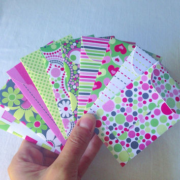 10 pcs Gift Card Envelopes. Gift Card Holders. Tiny Envelopes. Shades of Green, Pink, White & Black. Sparkly Envelopes. #018