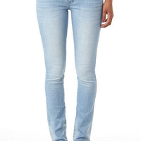 Taylor Low-Rise Super Skinny Jean Light Blue