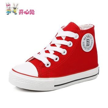 High Quality White High Cut Solid Fashion Shoes for Children