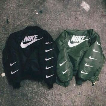 DCCKBA7 ALPHA INDUSTRIES MA-1 BOMBER JACKET - NIKE