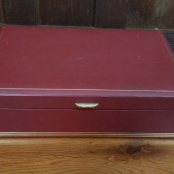 Vintage Maroon Red Faux Leather Mele Jewelry Box with Creme Lining Great For Jewelry Storage and Display