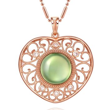 Magical Filigree Gorgeous Heart Amulet Green White Crystals Pendant 18 Inch Necklace