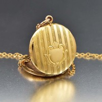 Splendid Rose Gold Shield Engraved Antique Locket